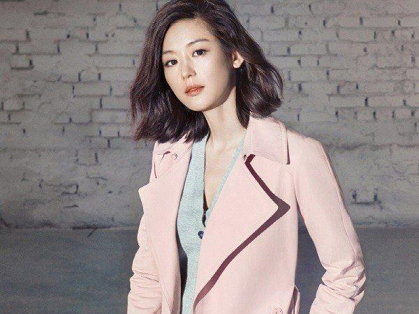 Photo of 쉬즈미스, 전지현 블라섬 트렌치코트 컬렉션 기대