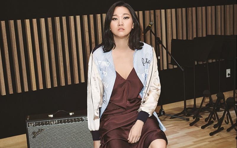 Photo of [FS화보] 모델 장윤주, 유부녀의 농염한 섹시미란 이런 것