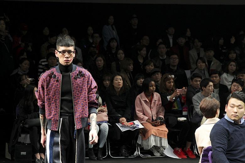 Photo of [헤라SFW DAY⑤] 요하닉스 2016 F/W 컬렉션, To.결정장애세대