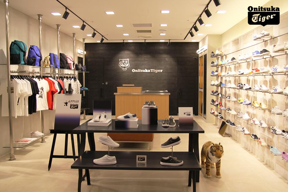 Photo of 오니츠카타이거, 신세계 백화점 강남점 오픈