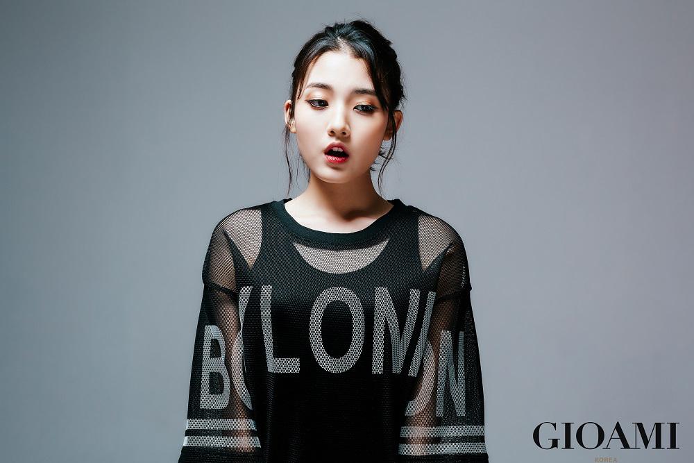 Photo of 정다빈, 시스루부터 타이즈 패션까지