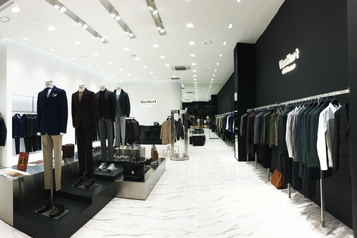 Photo of 반하트 디 알바자, 스타필드 하남점 매장 오픈