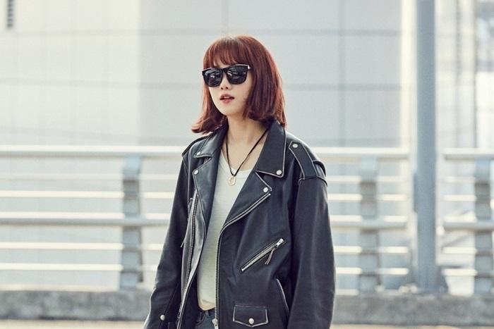 """Photo of [photo] 이성경, """"역시 모델 출신 바지핏 대박"""""""