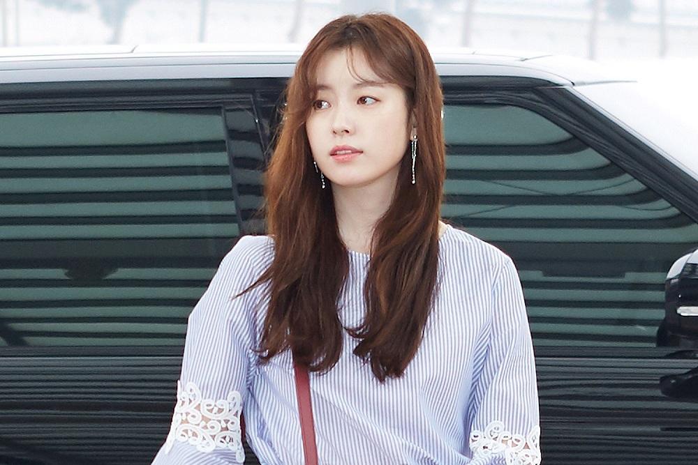 Photo of [photo] 한효주, 청순한 공항 패션