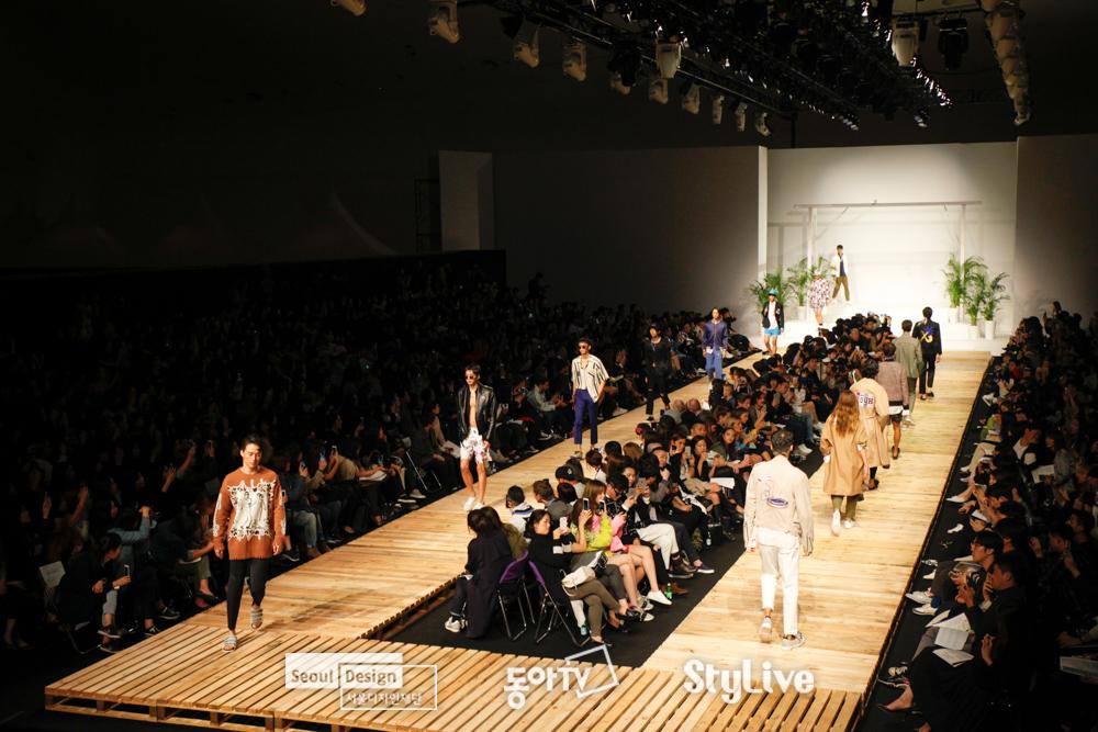 Photo of '2017FW 서울패션위크' 전세계에서 모바일 생중계로 본다