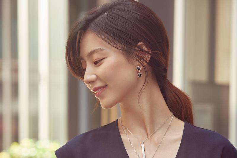 Photo of 배우 박수진, 일상 속 빛나는 순간