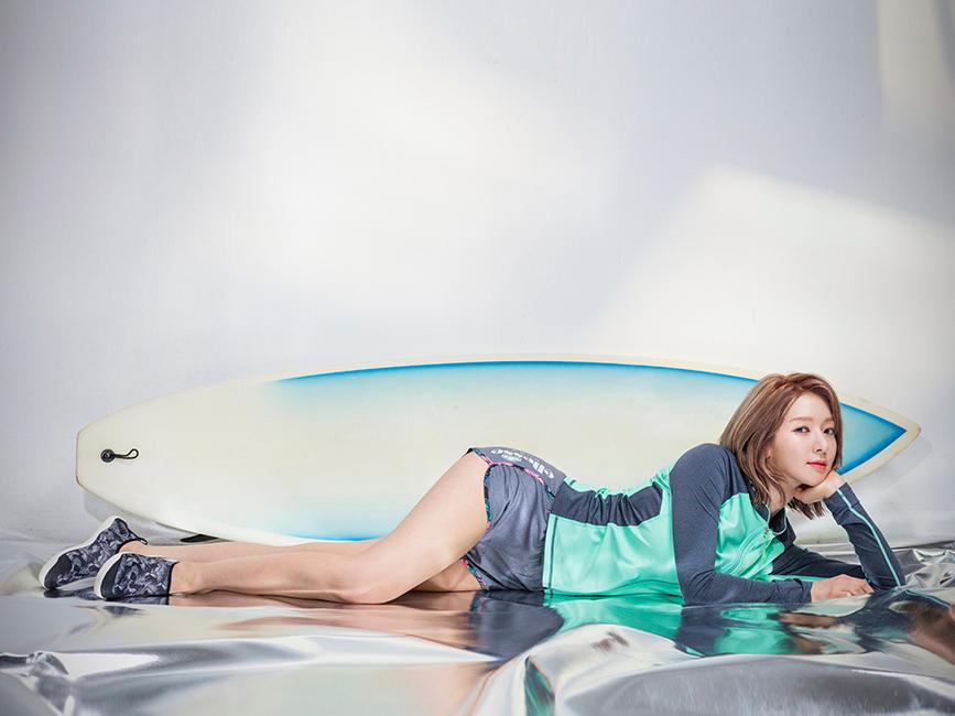 Photo of AOA 초아의 섹시한 래쉬가드 '시선 집중'