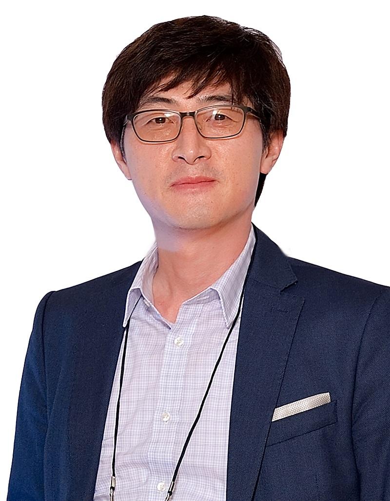 최홍영 이사