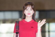 Photo of 김소현, 강렬한 레드 컬러로 완성하는 공항패션