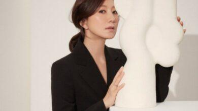 Photo of 김희애, 시간이 흘러도 변치 않는 우아함