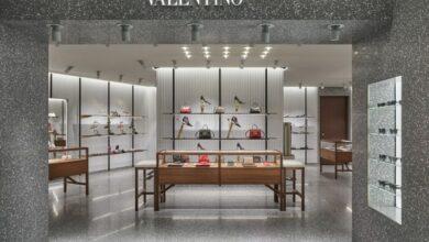 발렌티노 가라바니 갤러리아백화점 타임월드 오픈